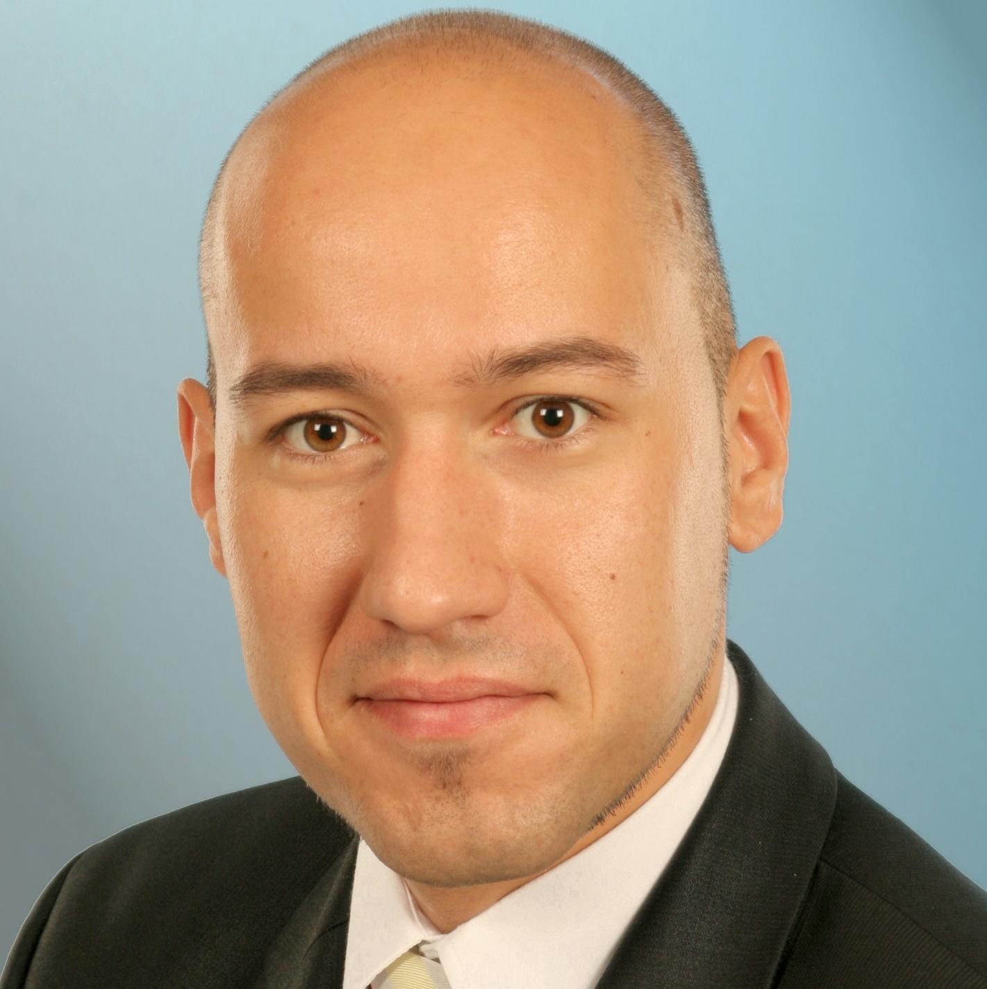 Team - Simon Dietz, Head of Supply Chain Management